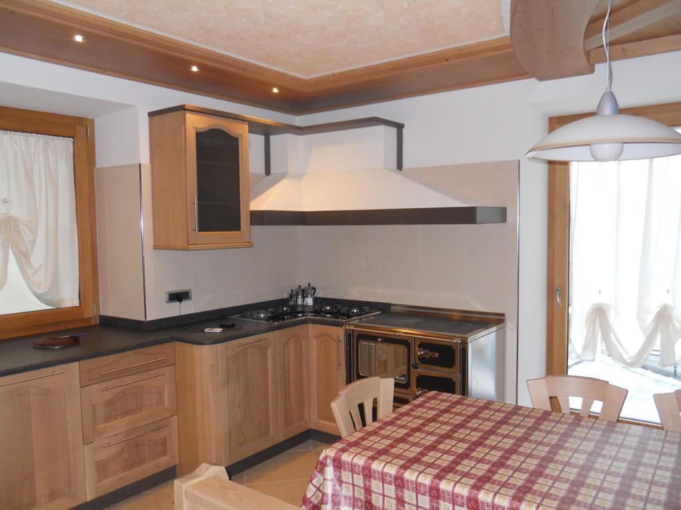 cucina11 Cucine su misura, progettate per vivere la tua casa.