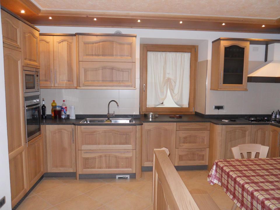 cucina12 Cucine su misura, progettate per vivere la tua casa.
