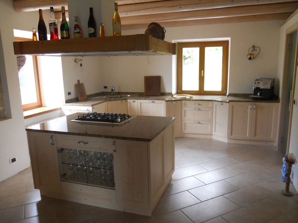 cucina19 Cucine su misura, progettate per vivere la tua casa.