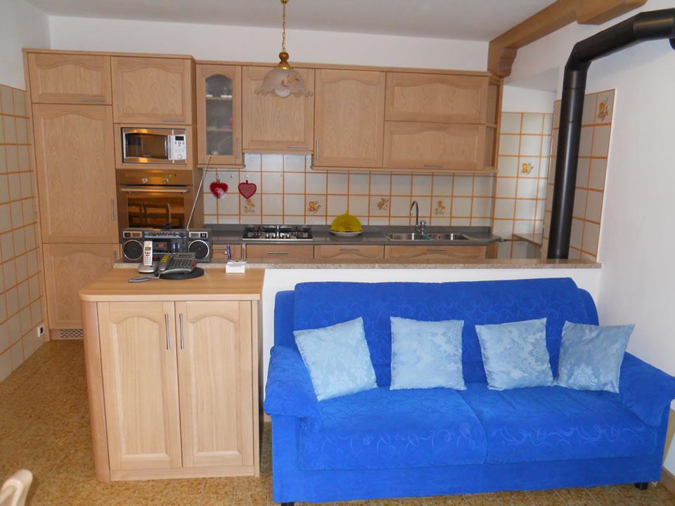 cucina23 Cucine su misura, progettate per vivere la tua casa.