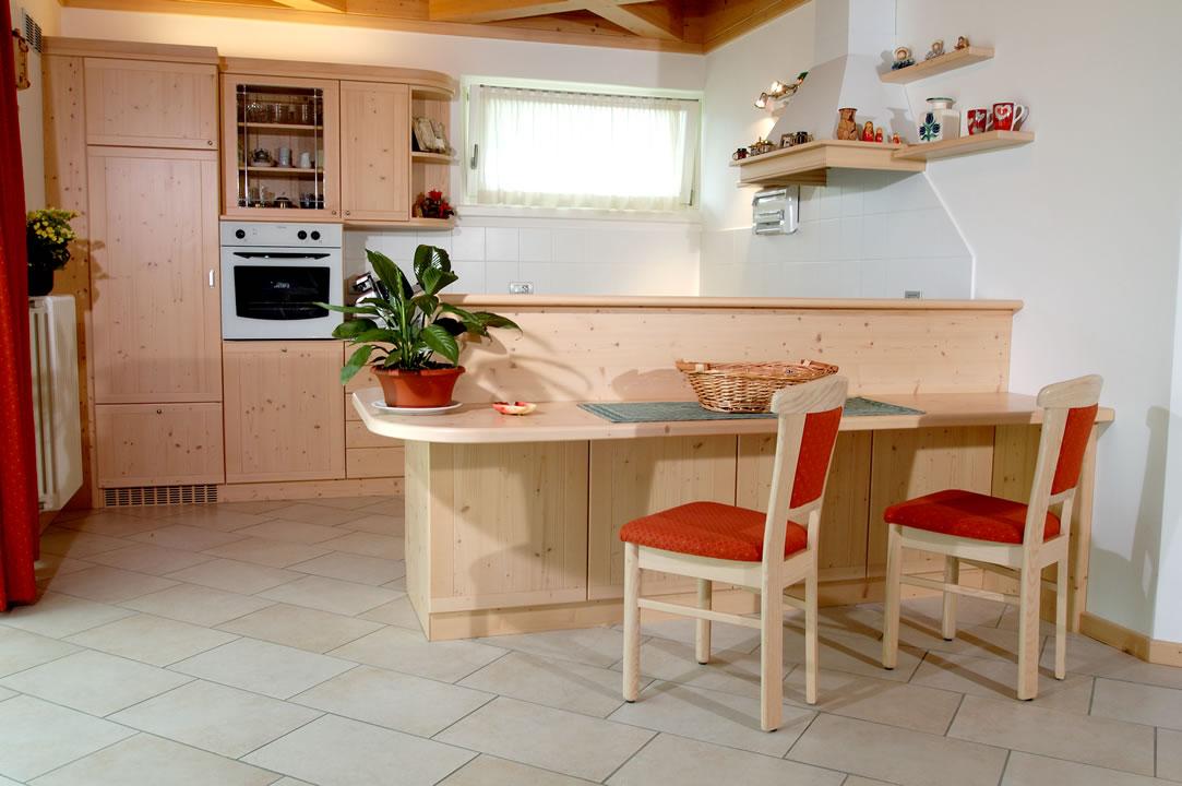 cucina9 Cucine su misura, progettate per vivere la tua casa.