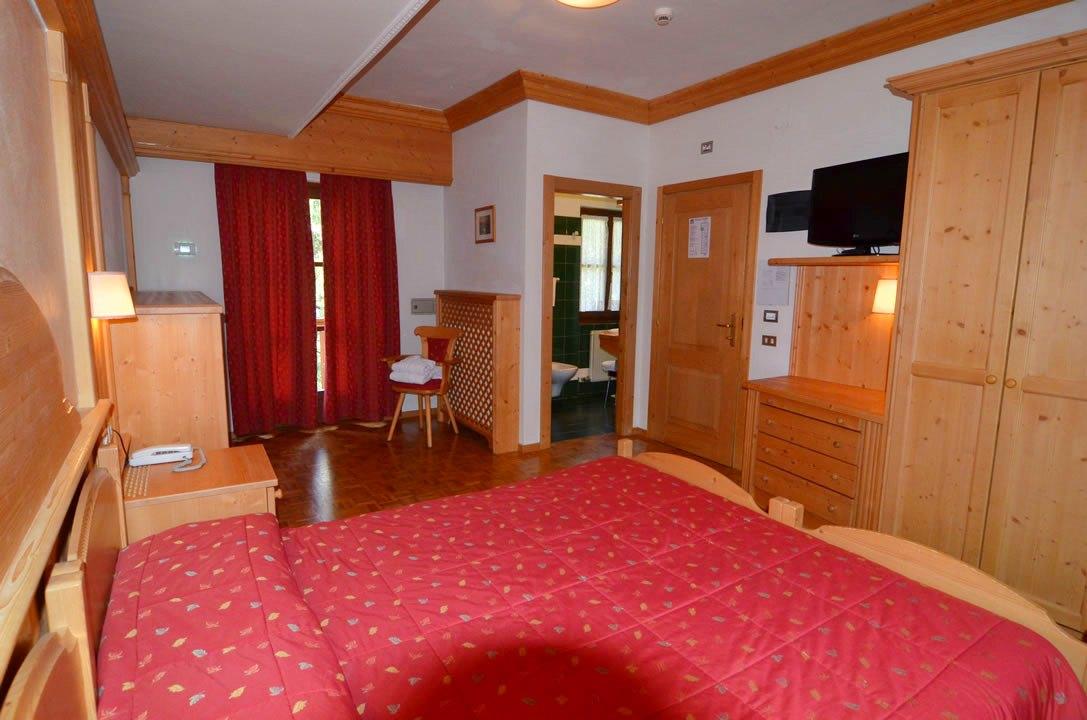 hotel28 Arredamenti per Ristoranti, Bar, Hotel, B&B, pizzerie