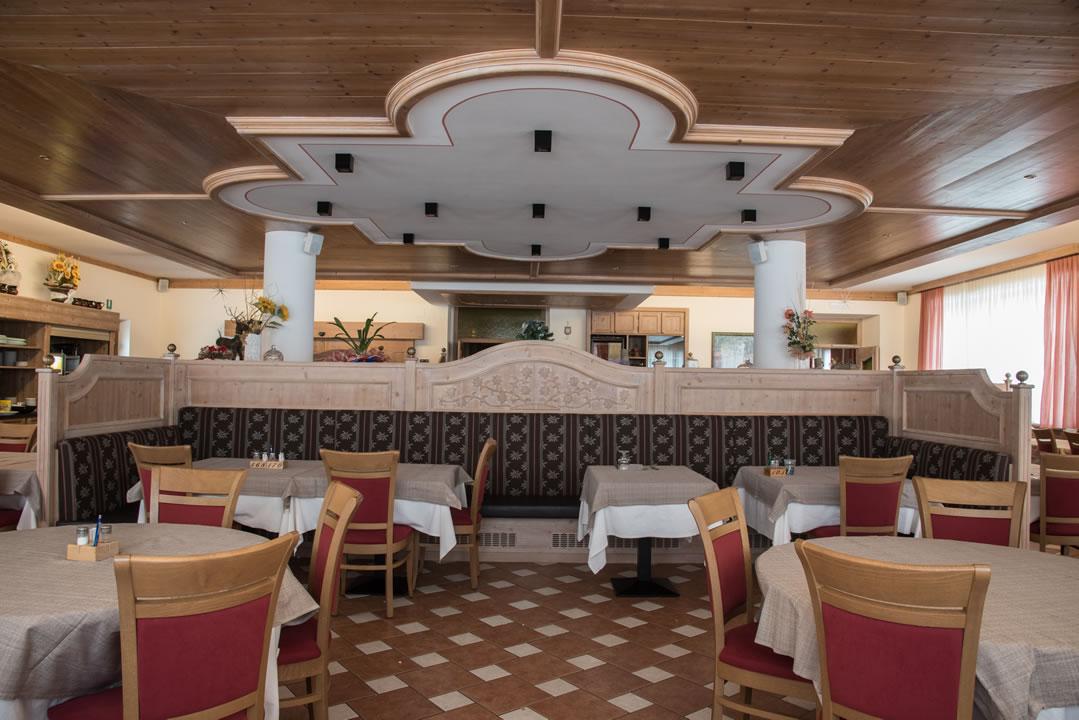 ristoranti-bar-21 Arredamenti per Ristoranti, Bar, Hotel, B&B, pizzerie
