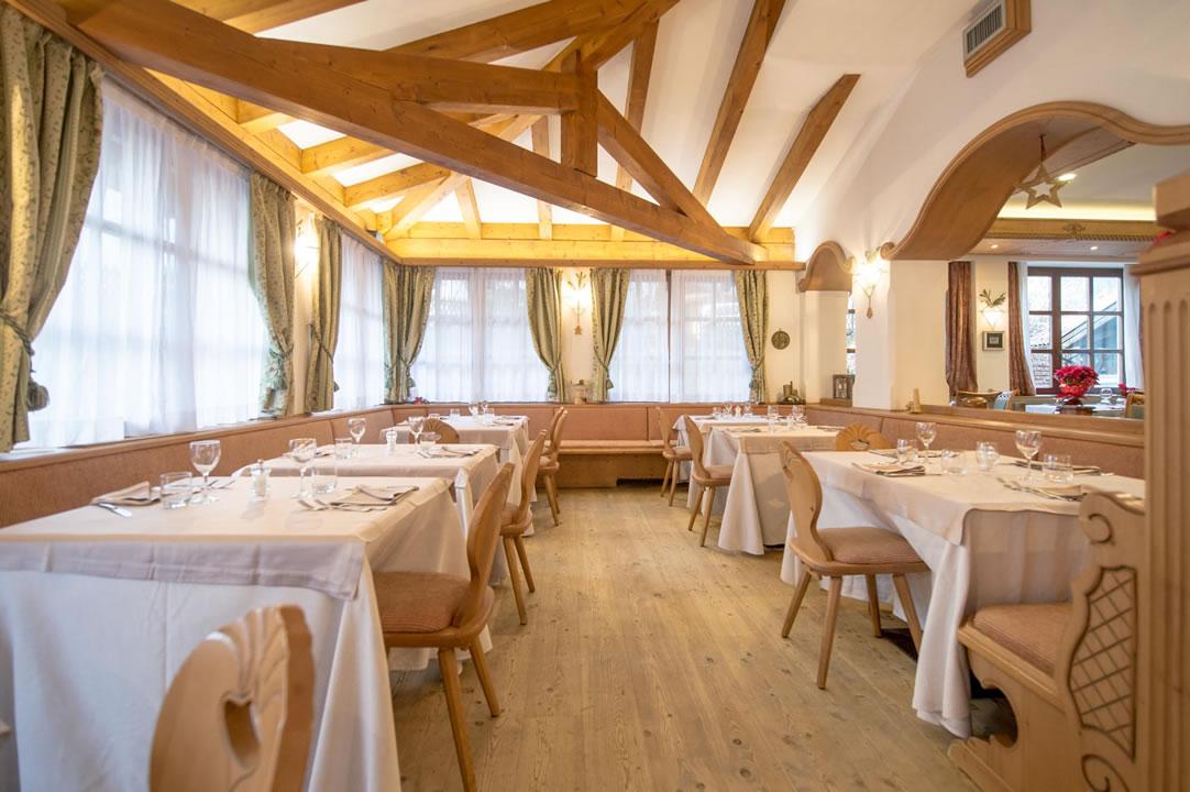 ristoranti-bar11 Arredamenti per Ristoranti, Bar, Hotel, B&B, pizzerie