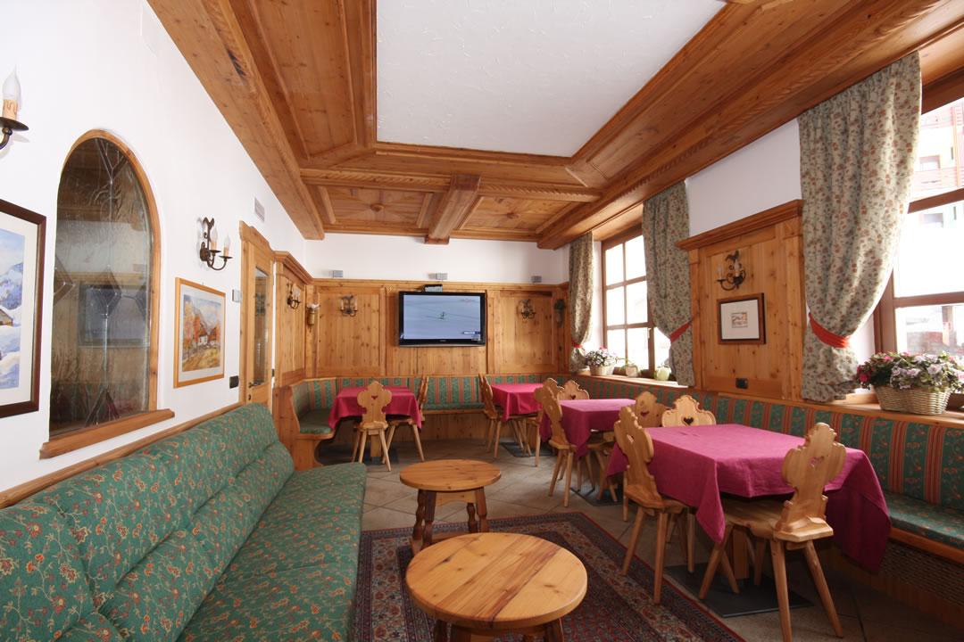 ristoranti-bar5 Arredamenti per Ristoranti, Bar, Hotel, B&B, pizzerie