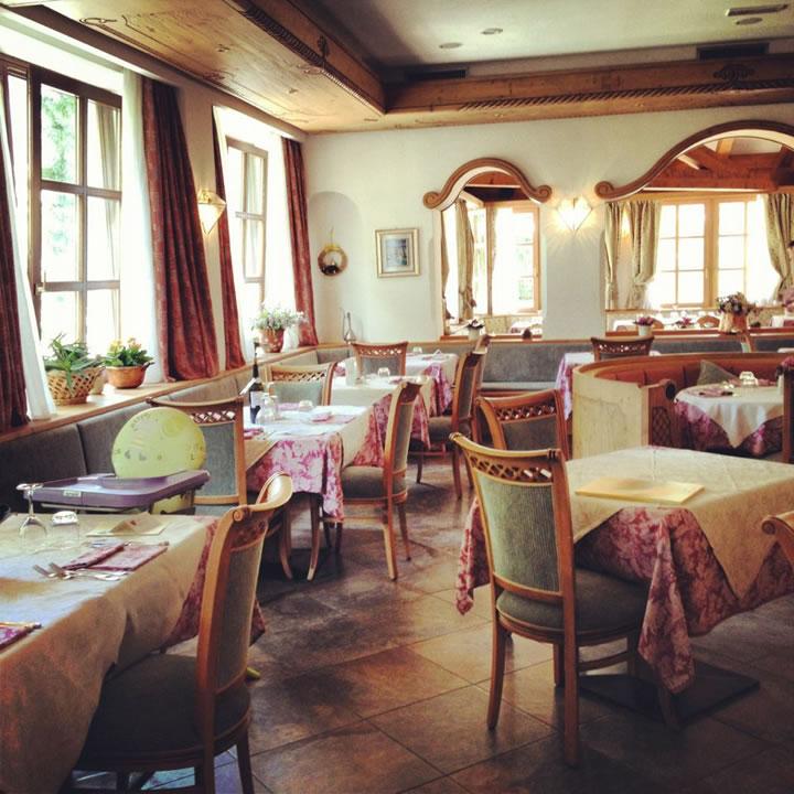 ristoranti-bar9 Arredamenti per Ristoranti, Bar, Hotel, B&B, pizzerie
